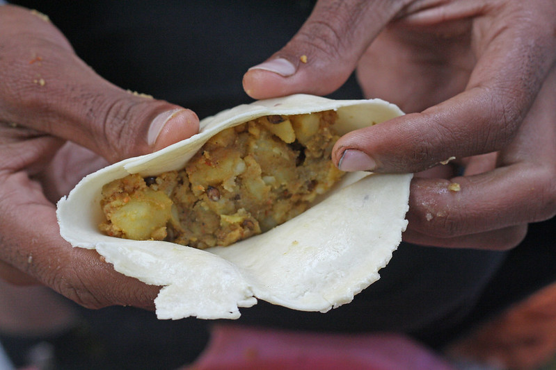 City Food – Samosa, Delite Cinema & Scindia Lane