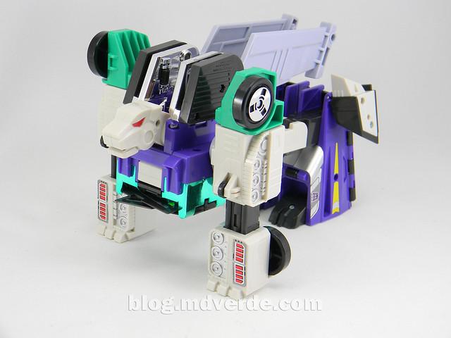 Transformers Sixshot G1 Reissue - Transformers Asia - modo lobo
