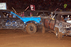auto racing, automobile, racing, soil, vehicle, stock car racing, sports, demolition derby, banger racing, dirt track racing, off road racing, motorsport, off-roading, mud,