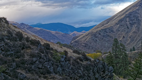 autumn canyon idaho idahomountains landscape mountains nationalforest sevendevilsmountains usa riggins