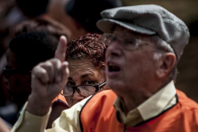 Protesto de aposentados na Praça da Sé, em São Paulo (SP), em 2013  - Créditos: Marcelo Camargo/Agência Brasil