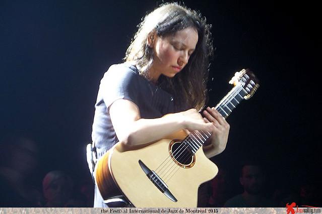 Gabriela,-Mexico-(of-duo-Rodrigo-y-Gabriela)