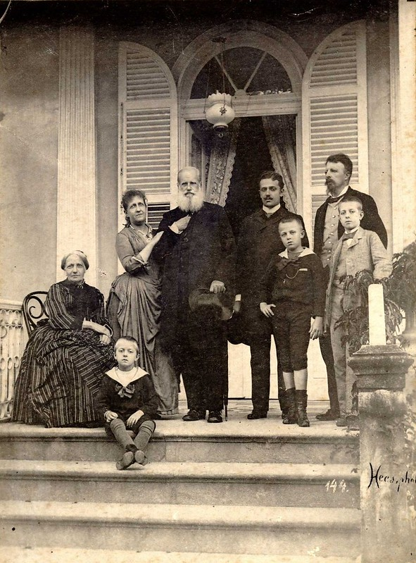 The last picture of the imperial family in Brazil, Pedro II with a hat in center