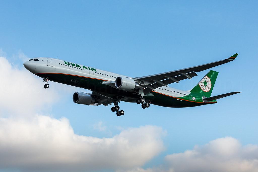 B-16337 - A333 - EVA Air