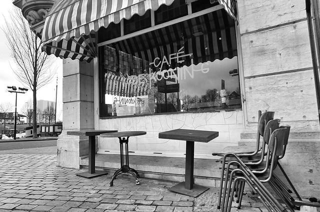 Cafe **Explored**, Fujifilm X-S1
