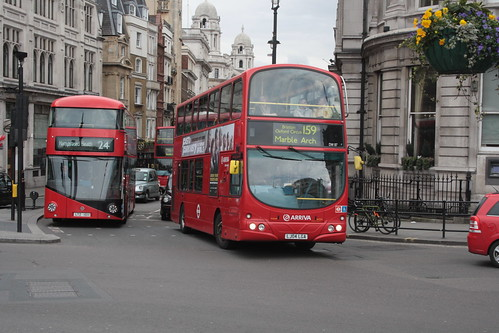 Arriva London South DW87 LJ04LGA