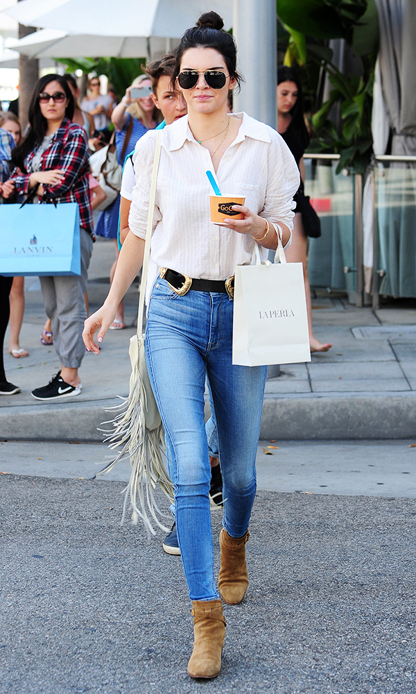 Kendall Jenner Out and About in Beverly Hills July 31, 2015