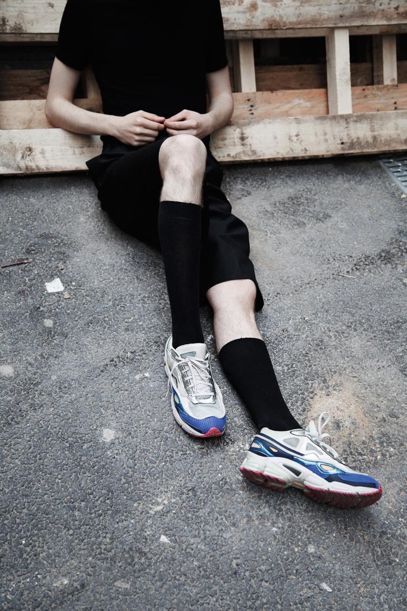 mikkoputtonen_fashionblogger_london_weekday_acnestudios_shorts_rafsimons_sneakers4_web