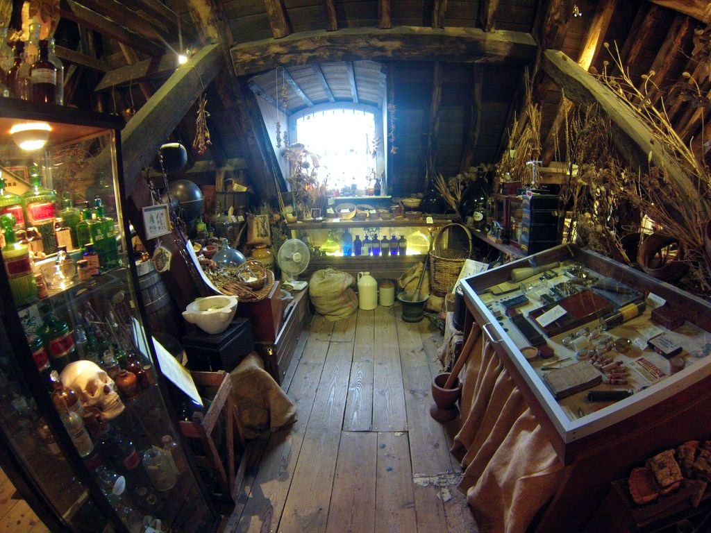 Interior del Herbolario y antiguo quirófano de la Torre de St. Thomas