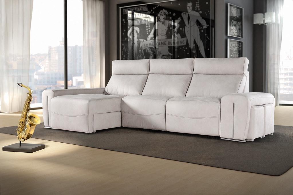 Celis tapiceros fabricante sof s y muebles tapizados for Muebles de oficina iman
