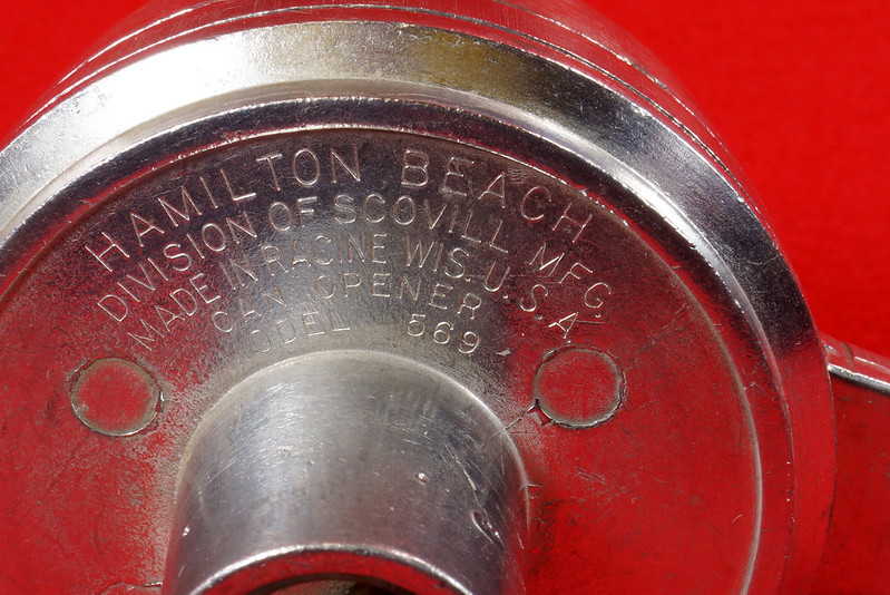 RD9229 Vintage Hamilton Beach Can Opener Attachment 569 for Power Unit in Original Box DSC08549