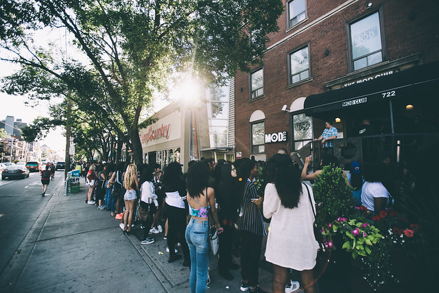 Fans lining up for the Kehlani show