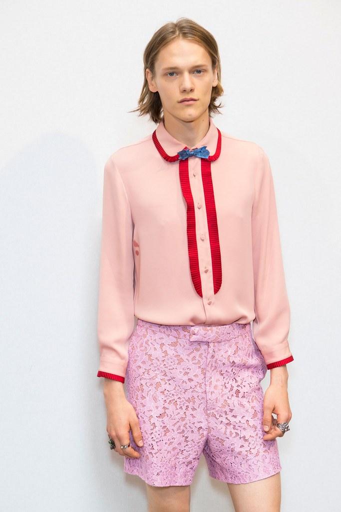 Ryan Keating3084_SS16 Milan Gucci(fashionising.com)