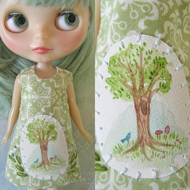 Relisting some crafty goodness I'm finding in boxes since moving. Here's a sweet dress for #Blythe with a tiny hand painted watercolor tree. #etsy #littledear