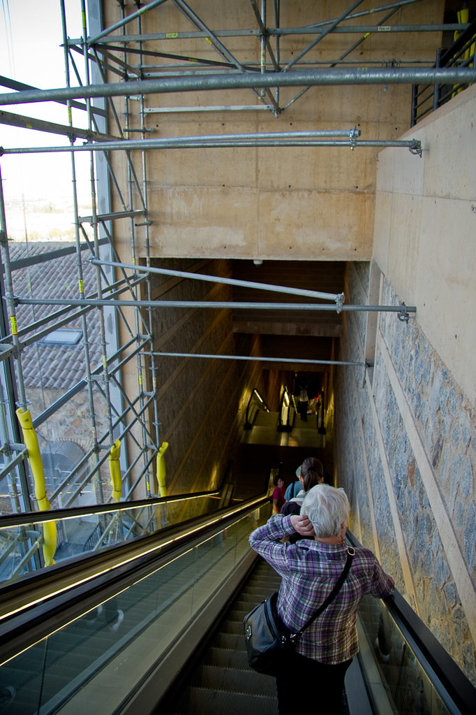 Toledo escalators