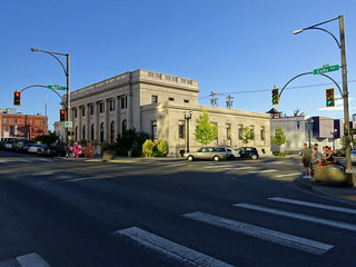 Looking south at the U.S. Post Office and Customshouse Building, corner of Wall Street and Colby Street, Everett, Washington