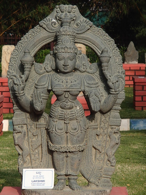 印度的神々 - naniyuutorimannen - 您说什么!