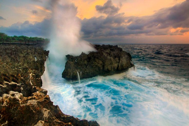 1. Nusa-Dua-Waterblow-by-perfecttravelling-1