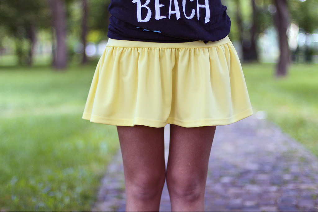 STYLE: think yellow