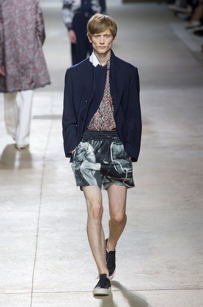SS16 Paris Dries Van Noten003_Benas Drukteinis(fashionising.com)