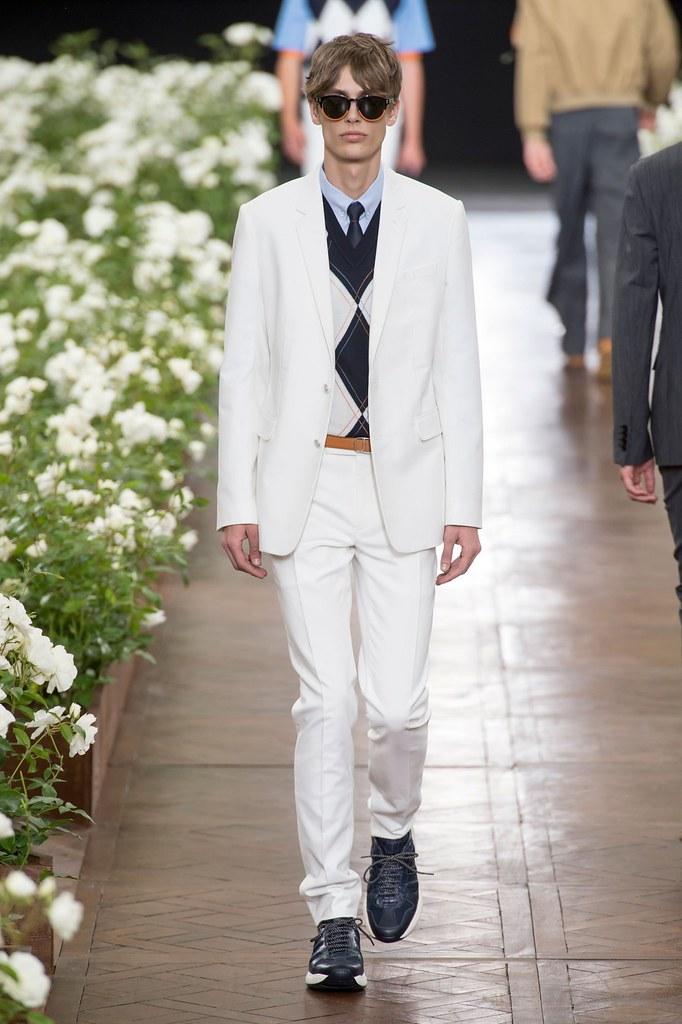 Marc Schulze3277_SS16 Paris Dior Homme(fashionising.com)