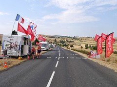 Motor homes lining Tour de France route, TDF 2015 - Photo of Sainte-Enimie