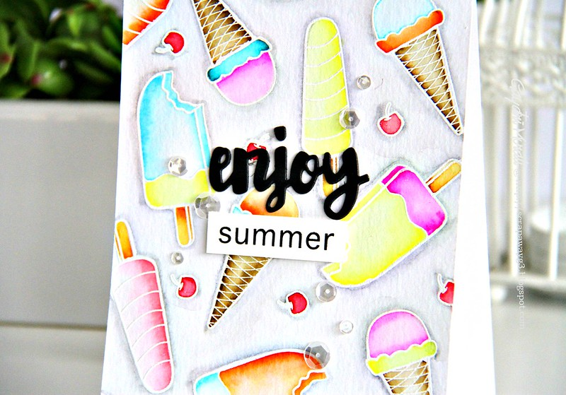 Enjoy Summer closeup