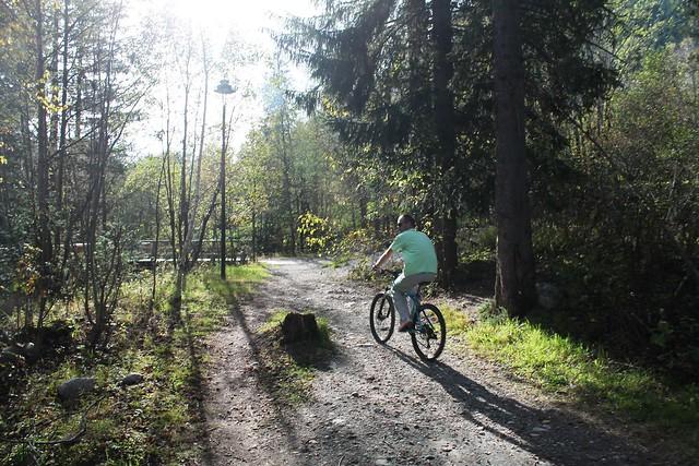 bicycle path les praz to chamonix