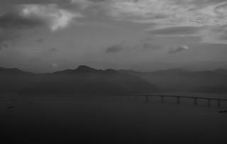 HKG Bridge in fog