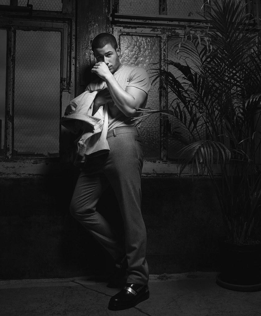 Ник Джонас — Фотосессия для «Essential Homme» 2016 – 7