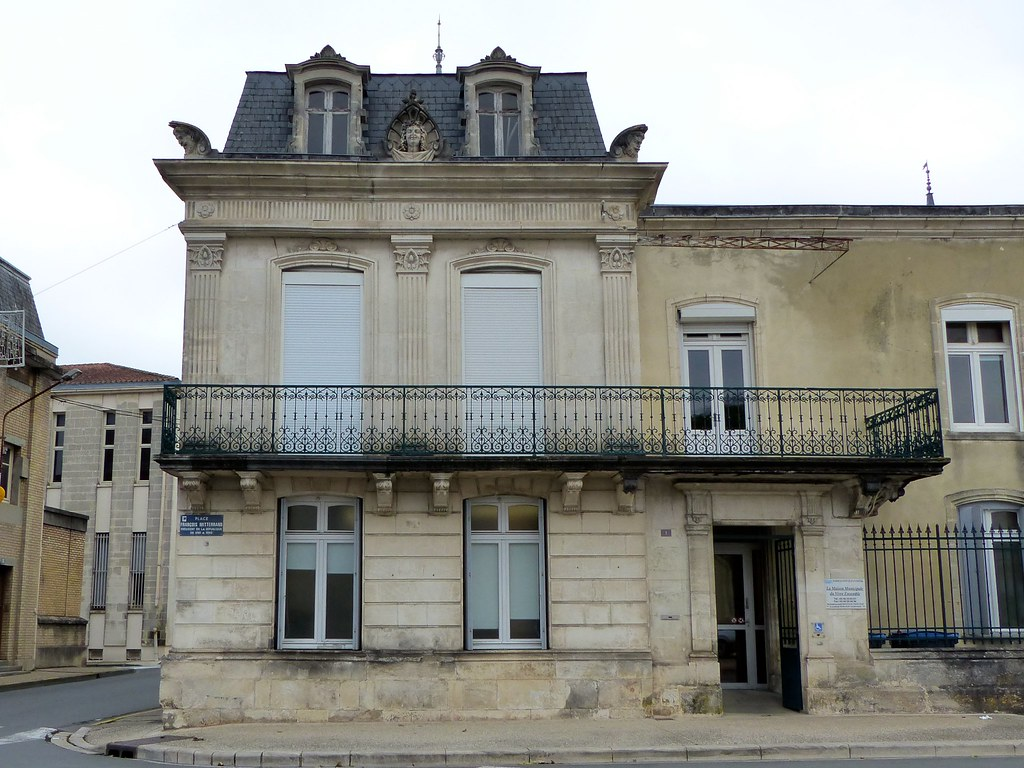 Hotels Saint Jean D Angely