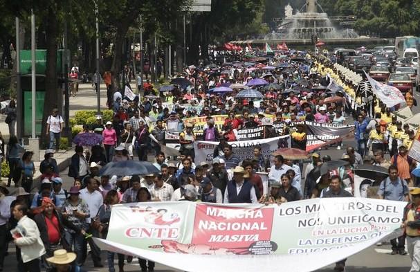 No hay avances en diálogo entre CNTE y Gobernación