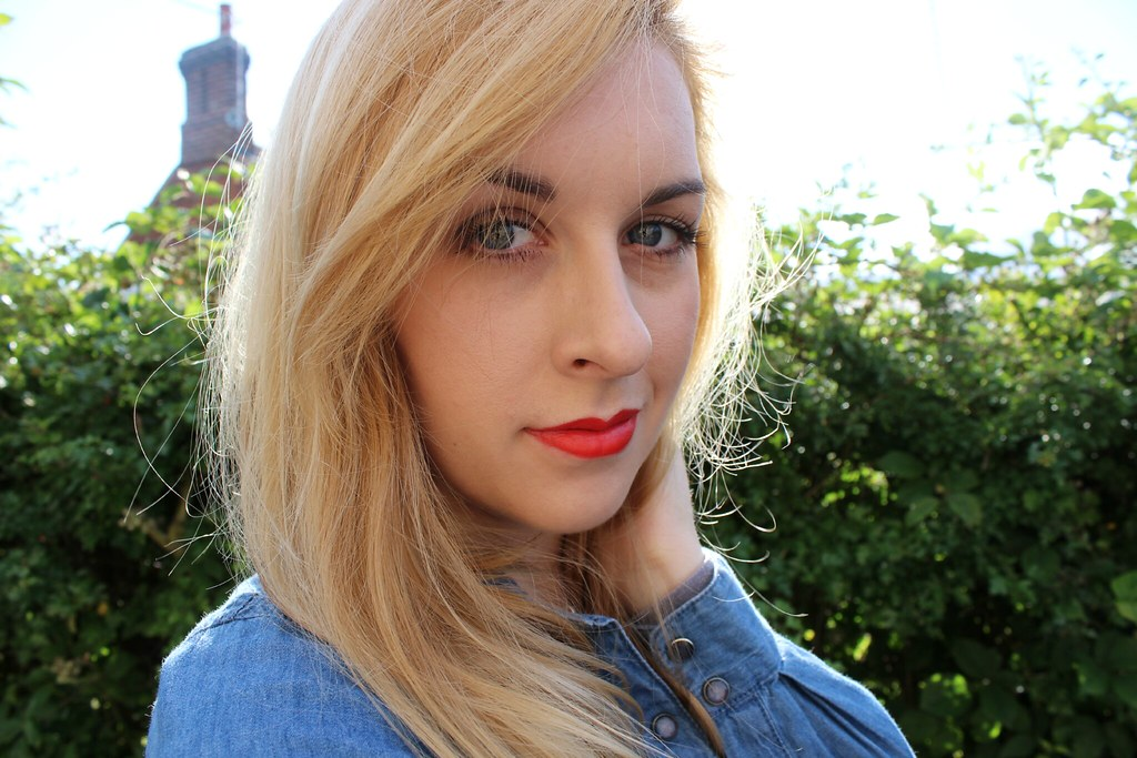 Charlotte Tilbury 1975 Lipstick