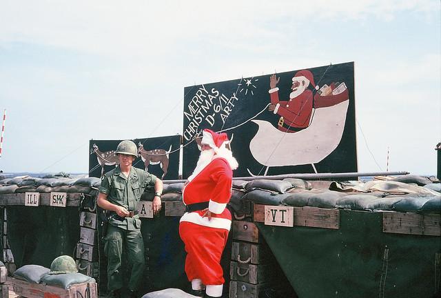 QUẢNG NGÃI 1969-70 - Photo by Louis Bohn - Lễ Giáng Sinh năm xưa