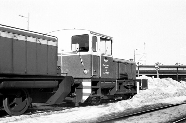 Finnish Railways Class Tve2 diesel shunter No. 447 at Pieksämäki on 7 March 1985