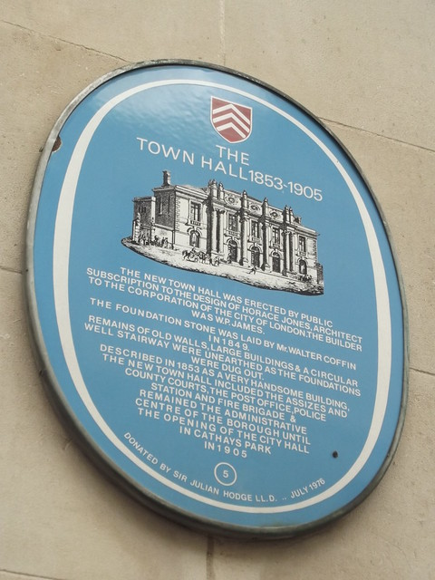 Photo of Town Hall, Cardiff  blue plaque