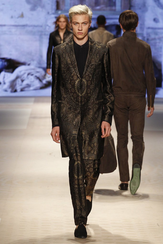 SS16 Milan Etro048_Lucky Blue Smith(VOGUE)