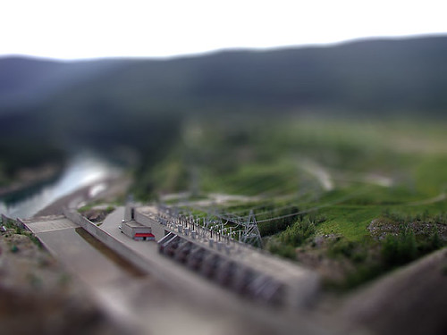 Tilt-shift miniature fake