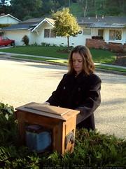 joslyn checking the mail   dscf1273