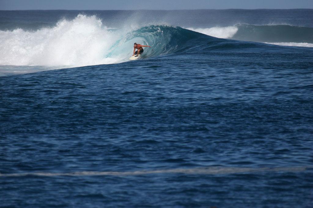 surf_thunders_gus_barrell