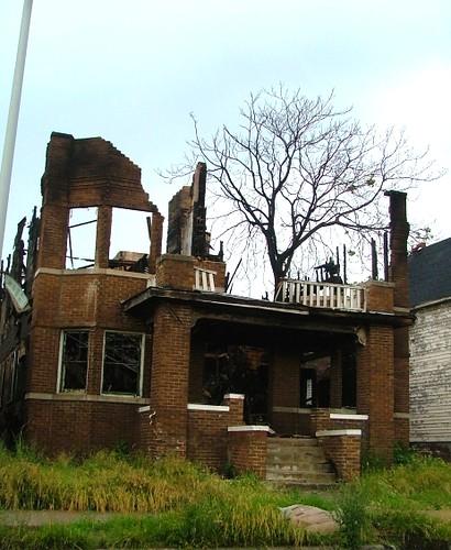 Detroit urban decay photo essay