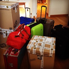 This is what moving to another country looks like. My whole life: Four suitcases, three boxes, one Yemeni trunk and three hours ago Gilbert and I were in London. Now, Brussels (at least for the next 12 days). At the end of August, I'll be permanently here
