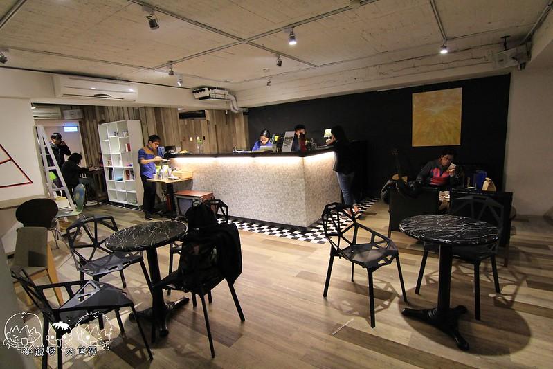Cross Caf'e克勞斯咖啡店 055
