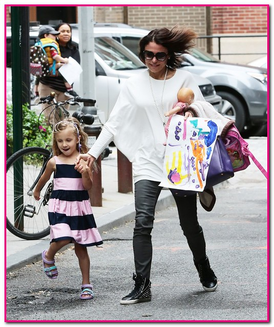 Bethenny Frankel Out and About With Bryn; Blogs About Juggling Motherhood And Friends