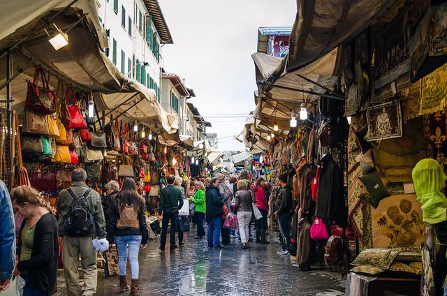 20150521-Florence-Flea-Market-Street-Vendors-0219