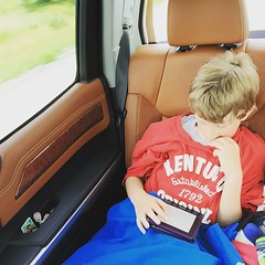 My reader. #kindle #roadtrippin