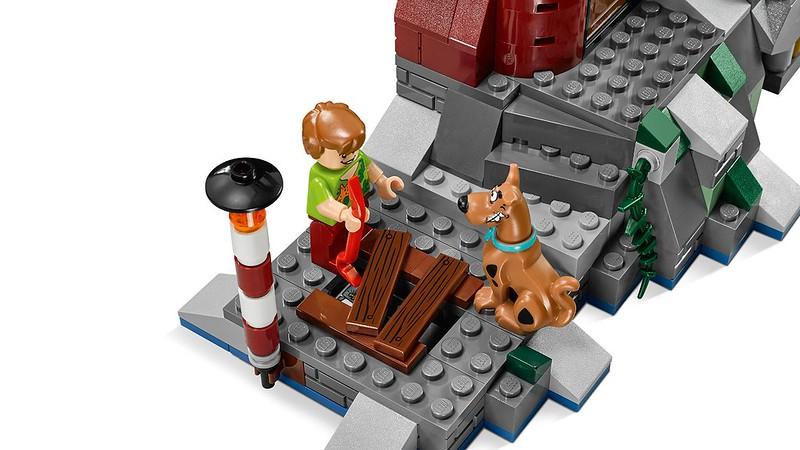 LEGO Scooby-Doo Haunted Lighthouse (75903)