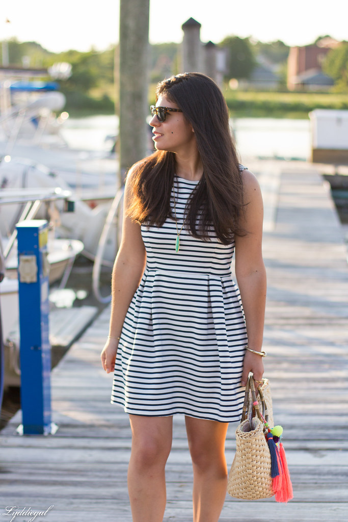 striped dress, straw tote with pom poms, gold sandals-4.jpg