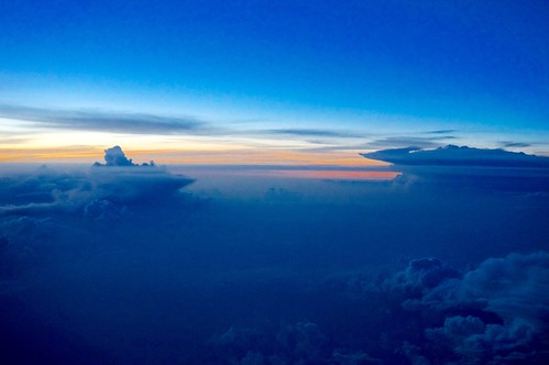 airplane airplanewindow windowseat abovetheclouds upinthesky