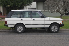 automobile, automotive exterior, sport utility vehicle, first generation range rover, vehicle, land vehicle,